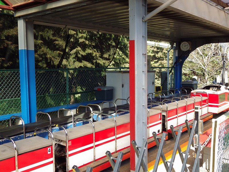 シェイ式蒸気機関車と電気動力のミニロマンスカー