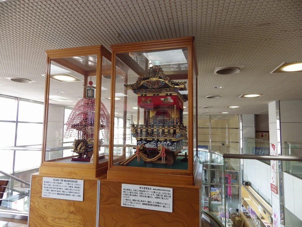 笠鉾と屋台