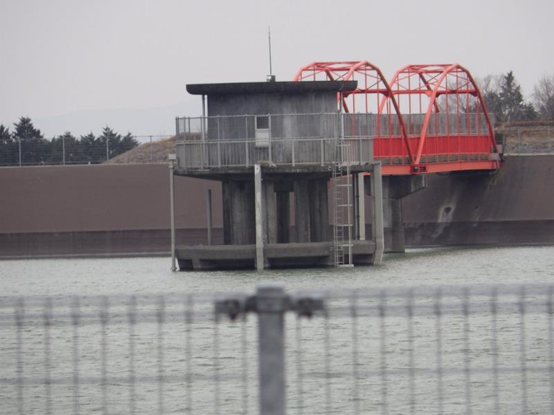 ダムの設備
