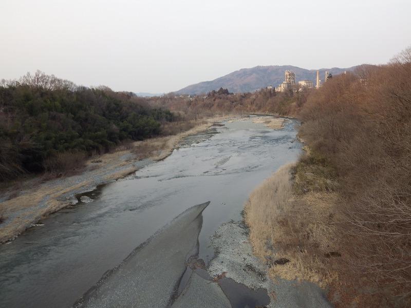 旧秩父橋から眺める