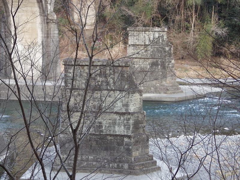 初代秩父橋の橋架アップ