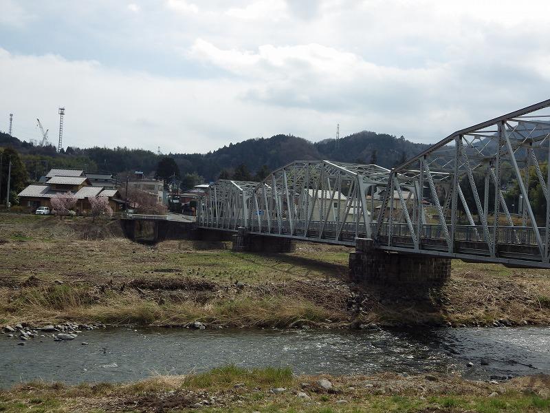 中津川の流れ2