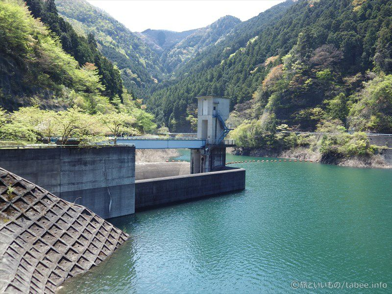 トンネル洪水吐のゲート
