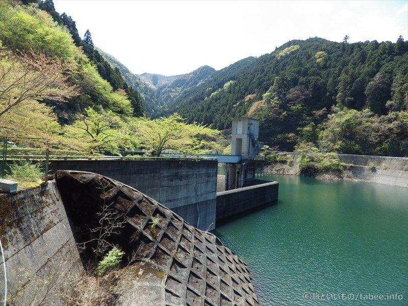 トンネル洪水吐のゲート3
