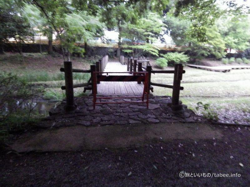 この時間は池への通行や、公園の奥への通行はできませんでした