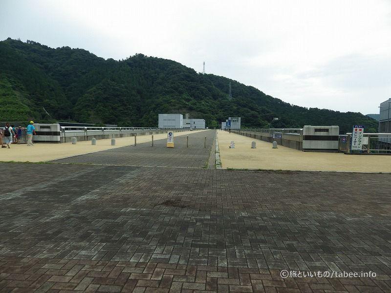 堤頂長375.0 m