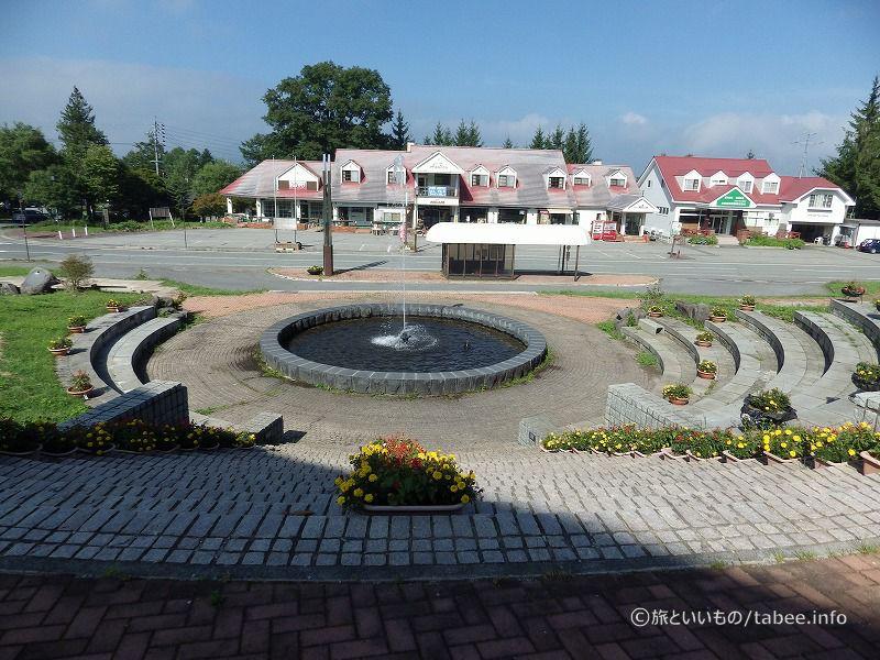 近くの噴水広場