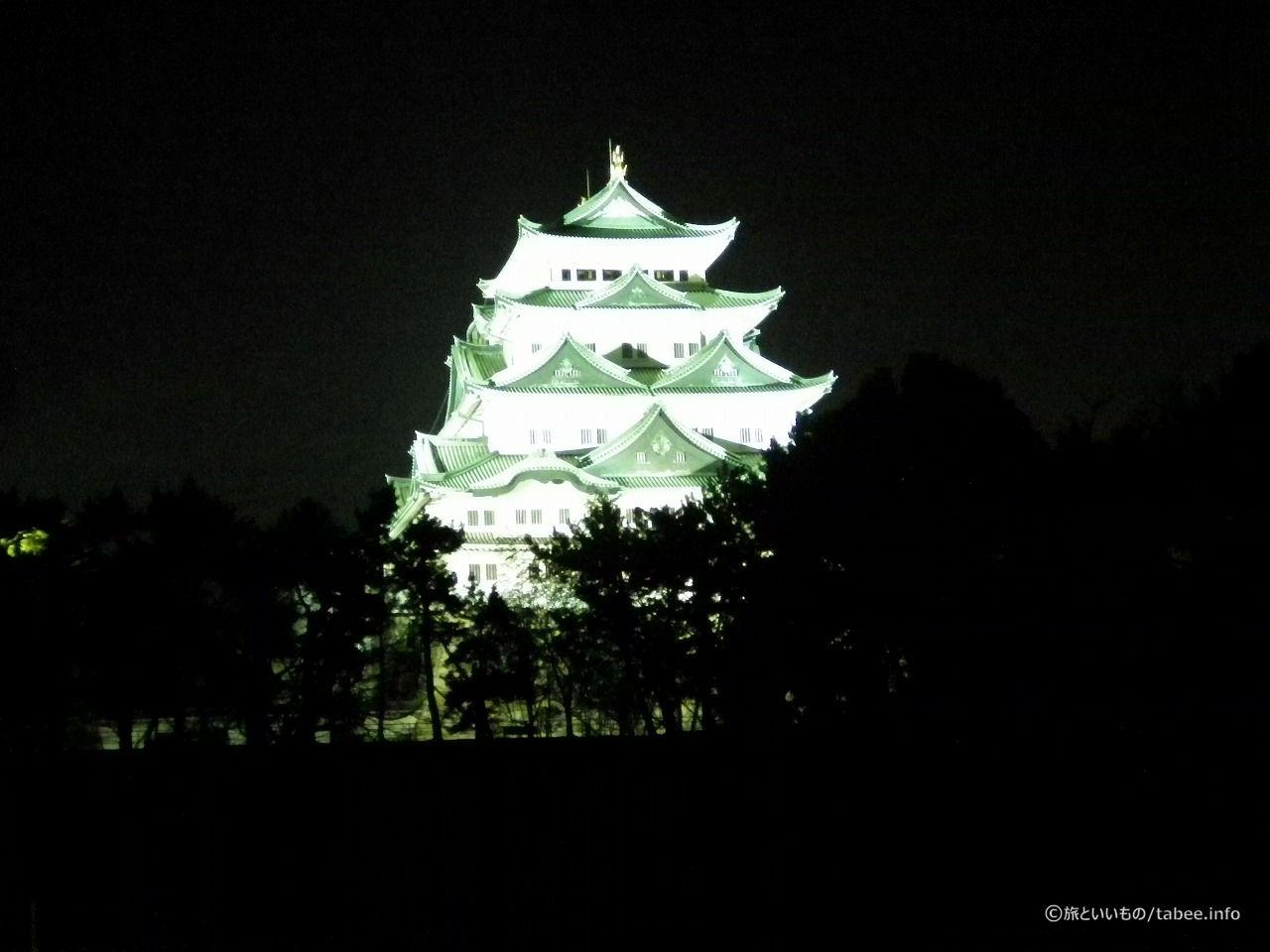 夜の名古屋城