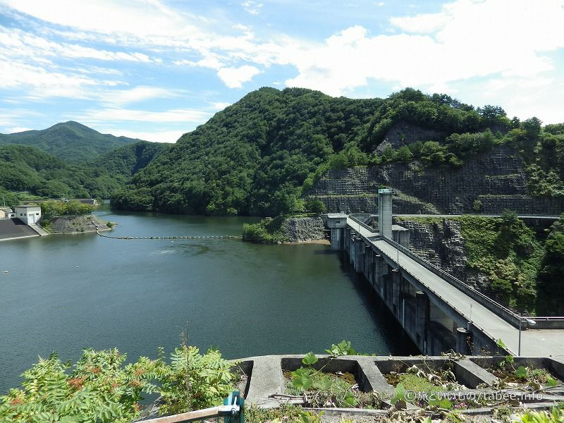 管理所側から眺めた大門ダム