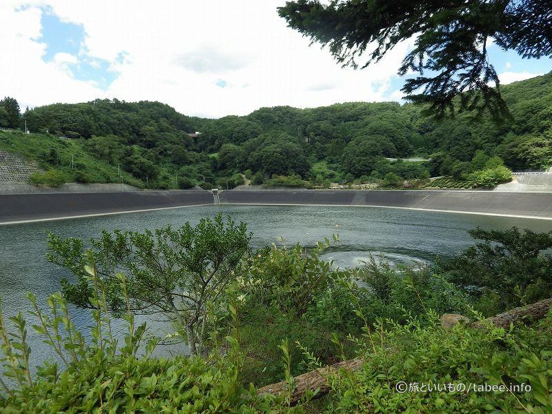 ダム湖は 清里湖