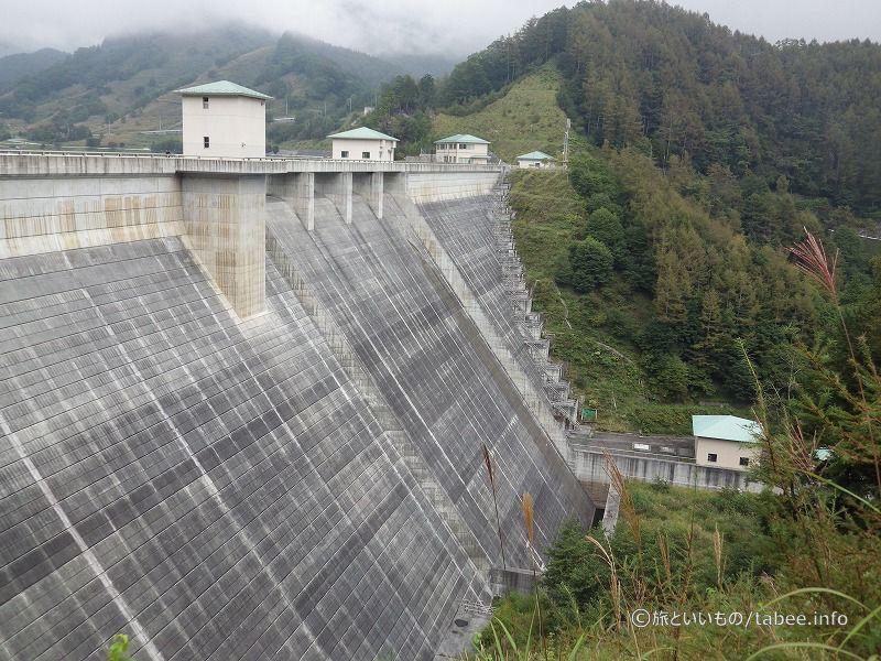 下流側と発電所