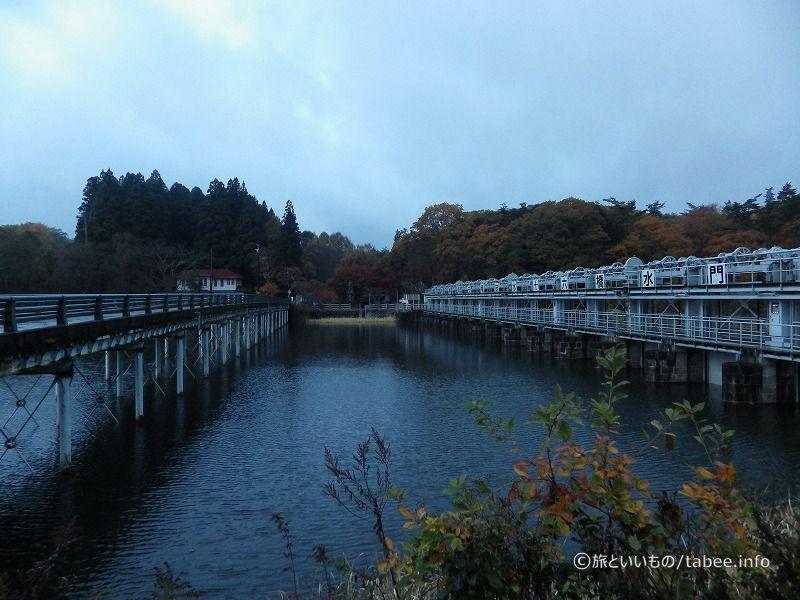 水門と十六橋