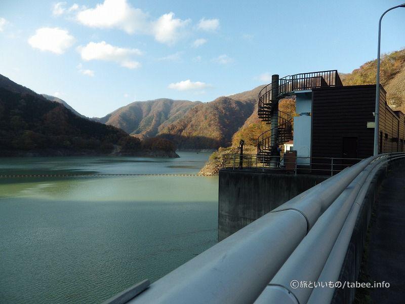 八汐湖とクレストゲート