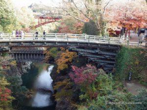 名勝猿橋と八ツ沢発電所施設 第一号水路橋