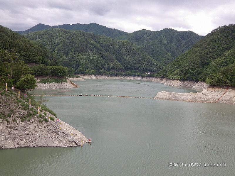 ダム湖は小渋湖