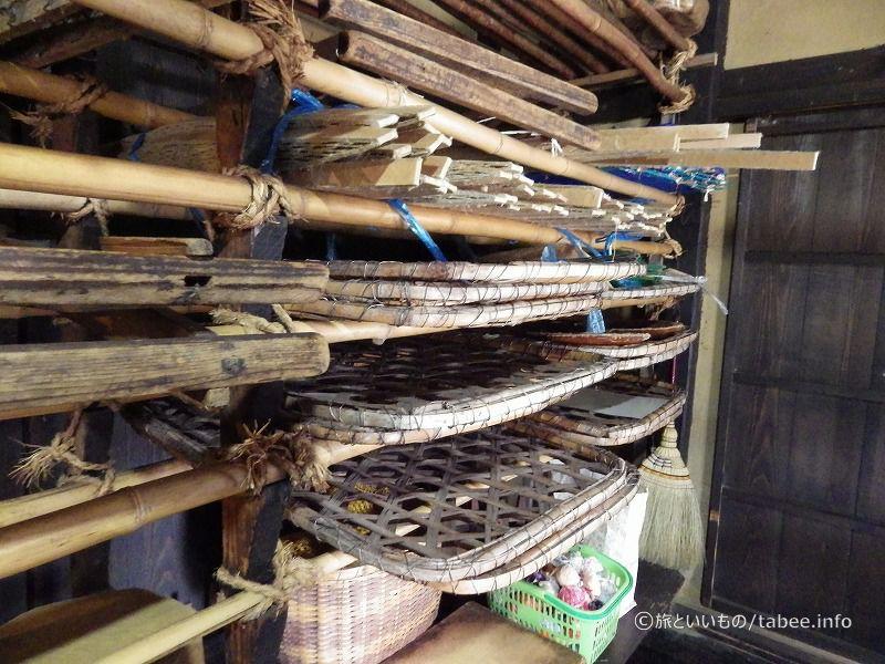養蚕に使われる道具