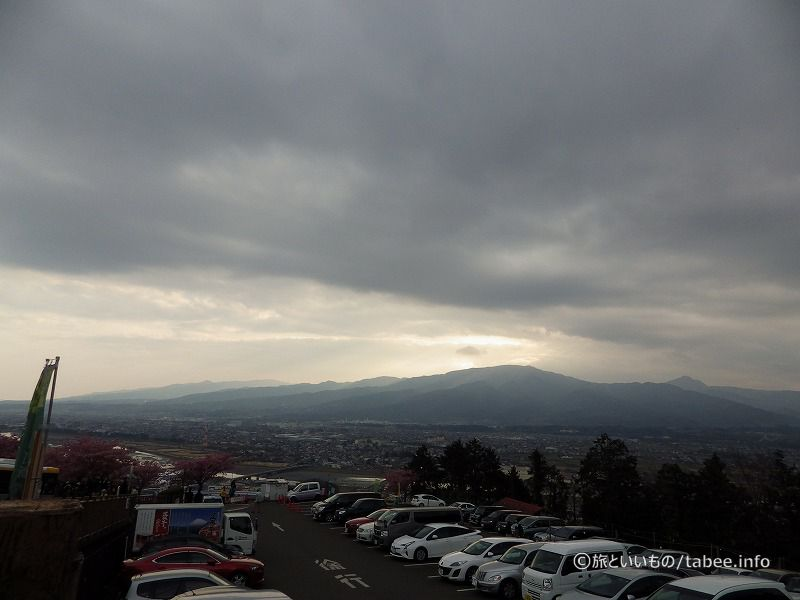 この日の天気は曇り
