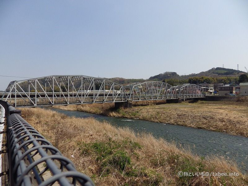 3連リベットワーレントラス橋