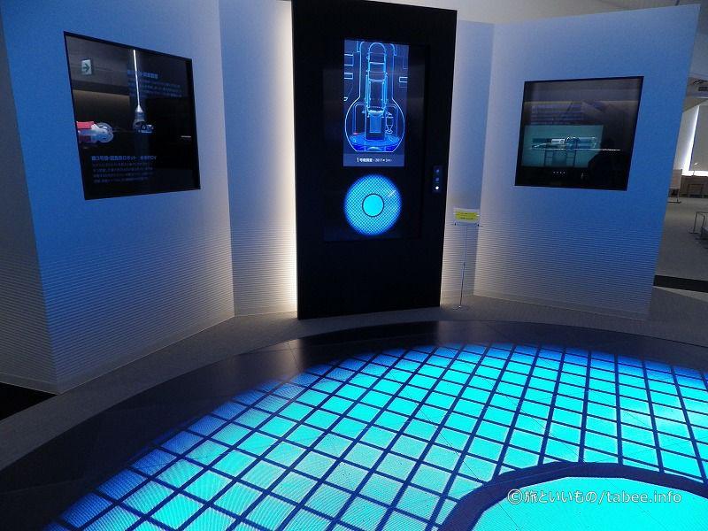 原子炉内部で活躍する機械