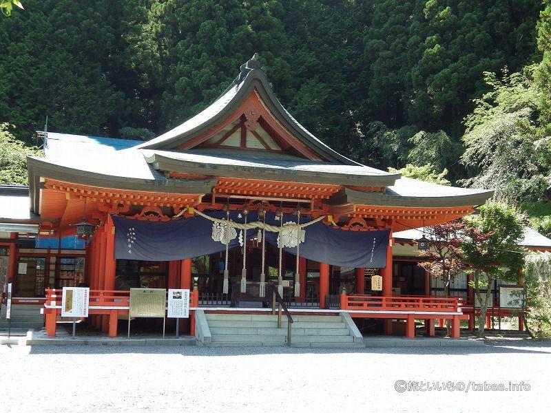 金櫻神社 拝殿