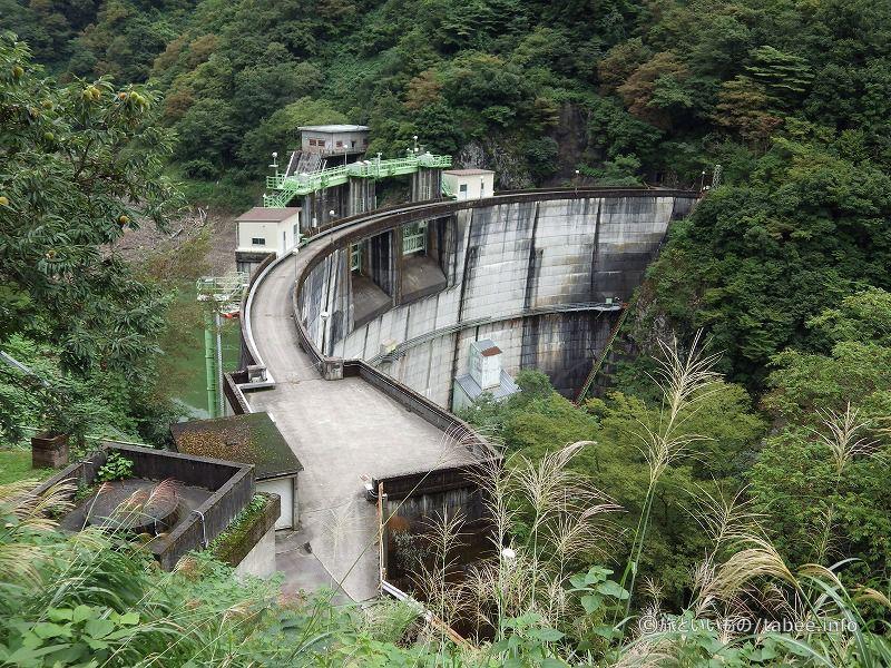ドーム型アーチ式コンクリートダム