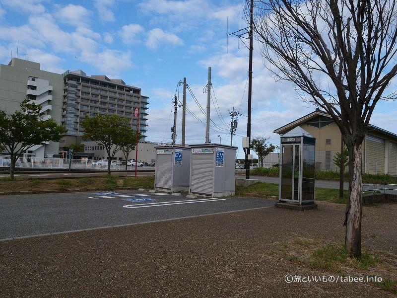 EV充電と公衆電話
