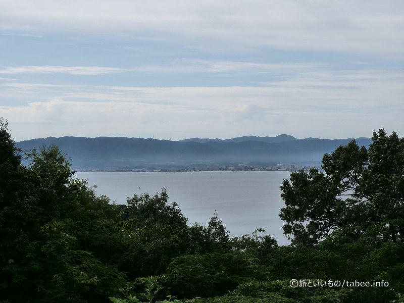 須曽蝦夷穴古墳から見える七尾南湾