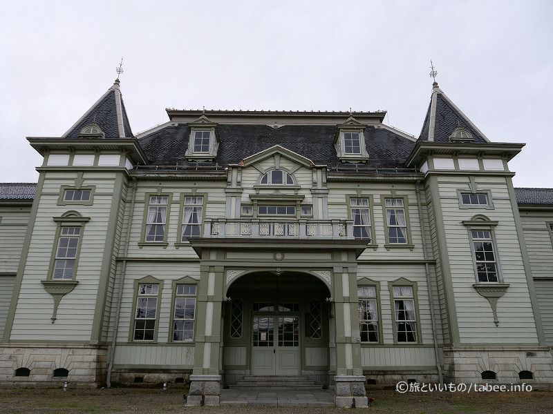旧米沢高等工業学校本館