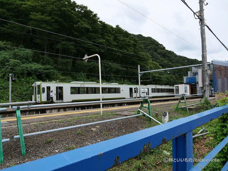 JR羽越本線 桑川駅ホーム