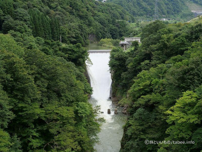 赤川水系梵字川に架かる梵字川ダム