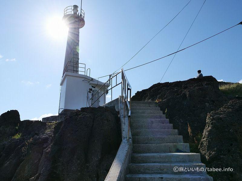 やって来ました潮瀬崎灯台