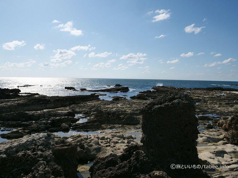 灯台から眺めた日本海