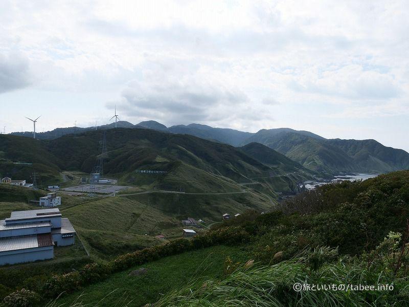 函館トンネル記念館の駐車場が見えます